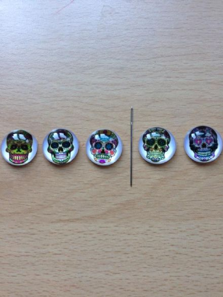 Skulls - Day of the Dead, round, Needle Minder